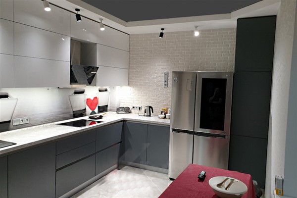 кухня фарбована